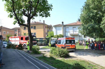 2015 Evacuazione elementari